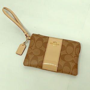COACH Brown/Tan Leather Wristlet